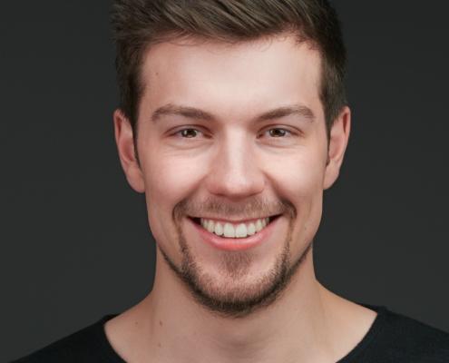 Professional Headshot Bewerbungsfoto Portrait Düsseldorf Krefeld Köln Profilfoto für LinkedIn Xing