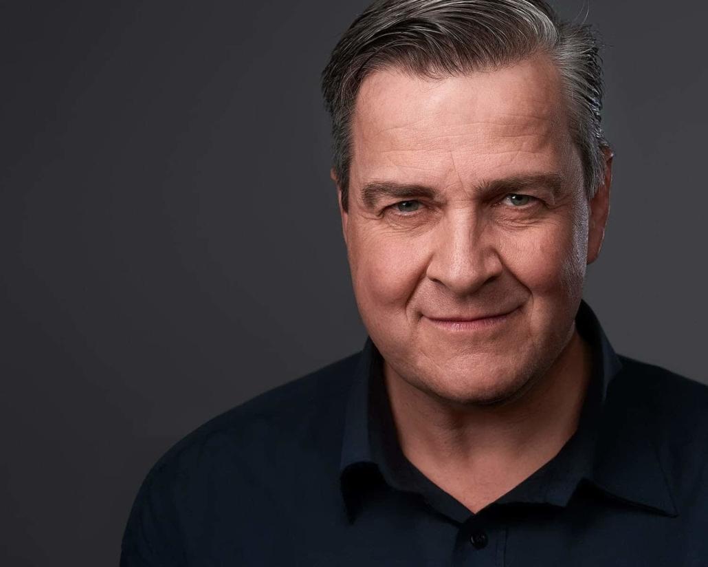 Professional Headshot bewerbungsfoto portrait düsseldorf krefeld LinkedIn Xing